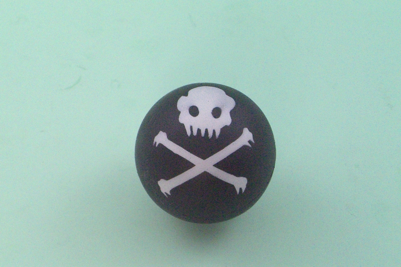 RUBBER SPONGE SKULL BALL
